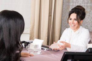 Interview bei Her Etiquette mit Nel-Olivia Waga